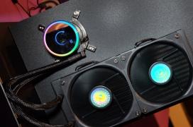 Las nuevas refrigeraciones liquidas de Cooler Master incorporan nuevos radiadores y bombas con espejo infinito