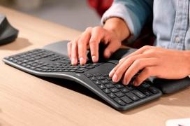 Diseño curvado y con ondulaciones en el ergonómico teclado inalámbrico Logitech  Ergo K860