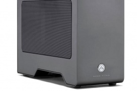 La nueva caja para gráficas externas con Thunderbolt 3.0 AKiTiO Node Titan incluye una fuente de 650W