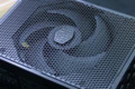 Cooler Master MasterPower Maker, hasta 1.500 W de potencia 80 Plus Titanium