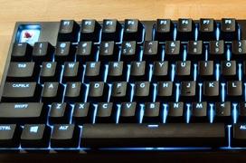 Cooler Master introduce su propio sistema de iluminación de alta potencia en los teclados MasterKeys Pro