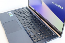 Review ASUS Zenbook 15 UX533FD