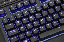 Corsair K63 Wireless y Gaming Lapboard