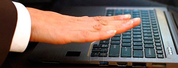 Fujitsu CELSIUS H730, estación de trabajo portátil de alto rendimiento con procesadores Intel Xeon Skylake y , Imagen 2