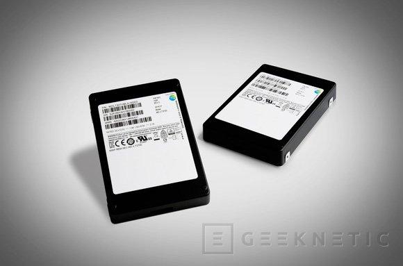Samsung desvela un SSD de 32 TB con memorias 3D V-NAND de 64 capas, Imagen 1