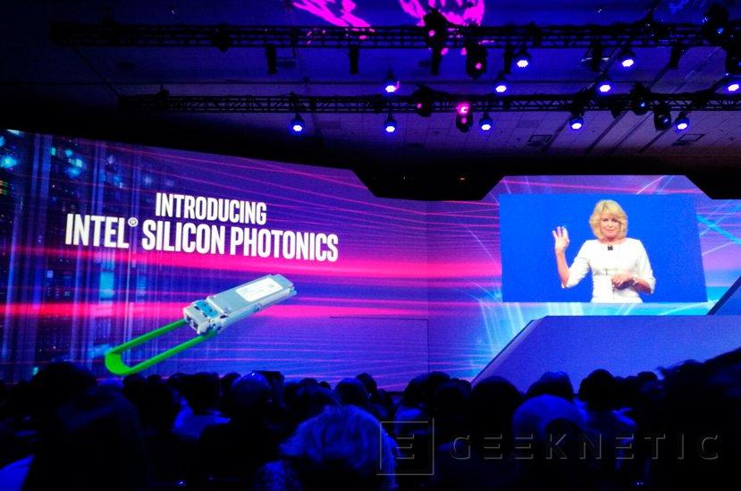 Intel Silicon Photonics, 100Gbps de transferencia a 2 KM de distancia, Imagen 1
