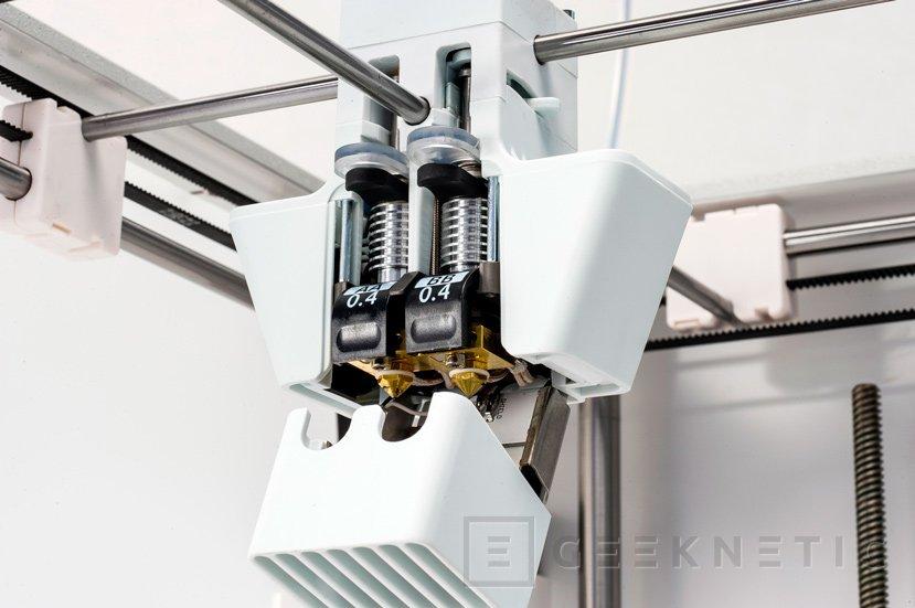 Ultimaker renueva sus impresoras 3D con doble cablezal, WiFi y Ethernet, Imagen 3