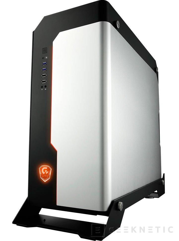 Gigabyte utiliza acero, aluminio y cristal templado en su torre Xtreme Gaming XC700W , Imagen 2