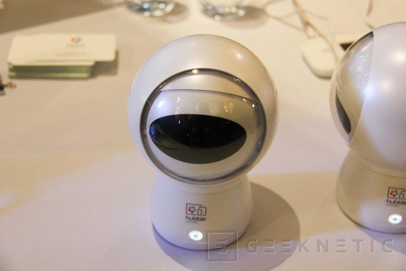 Hugo, la cámara inteligente con el asistente Alexa integrado, Imagen 1