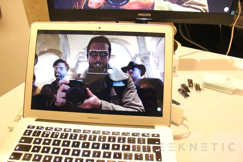 Hugo, la cámara inteligente con el asistente Alexa integrado, Imagen 2
