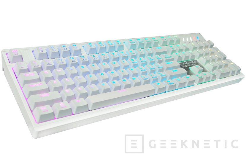 Blanco puro para el teclado mecánico ZM-K900M de Zalman, Imagen 1