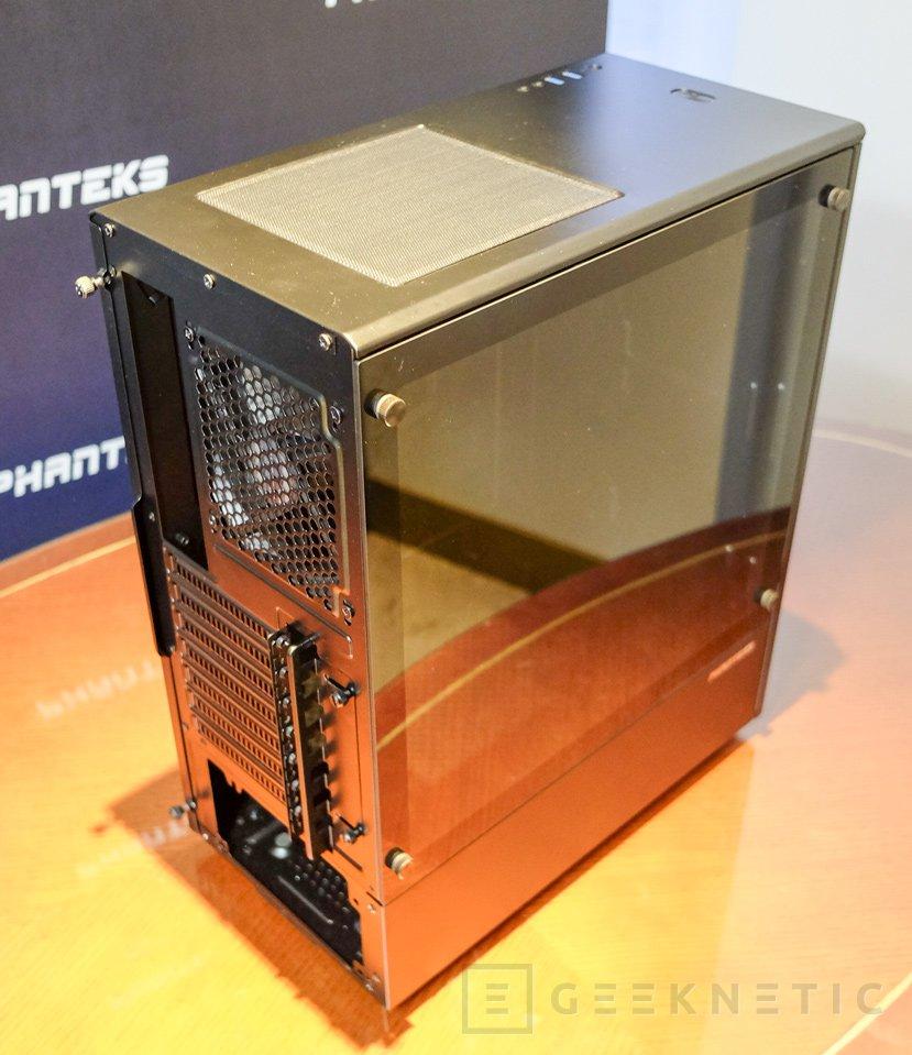Phanteks Eclipse P300, posiblemente no encontrarás una caja con cristal templado más barata, Imagen 2