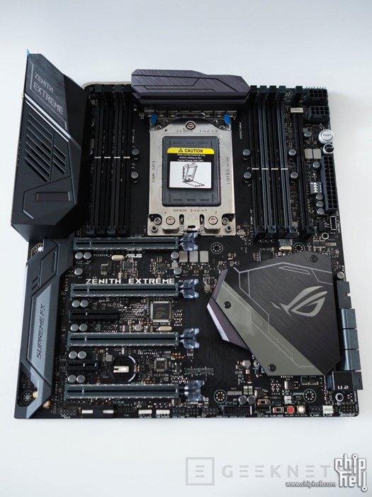 Filtrada la ASUS X399 Zenith Extreme para AMD Threadripper, Imagen 1