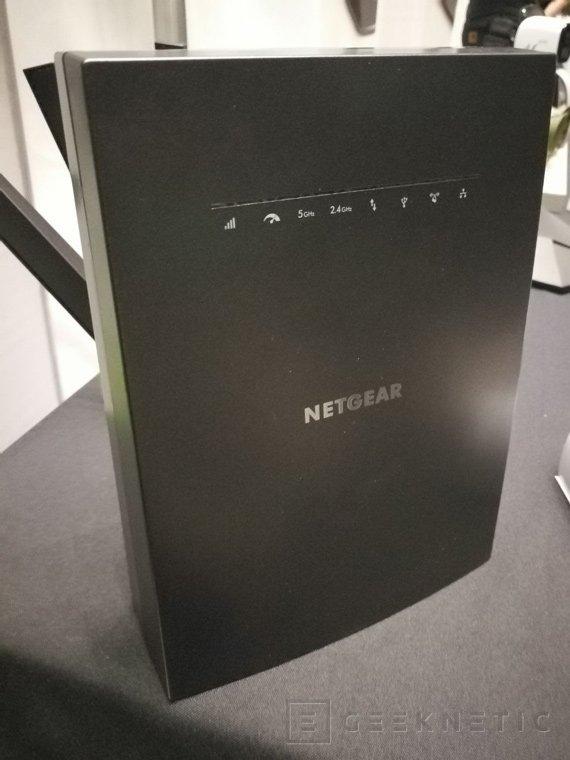 Extensor de WiFi Netgear Nighthawk X6S con WiFi 802.11ac 3000, Imagen 1