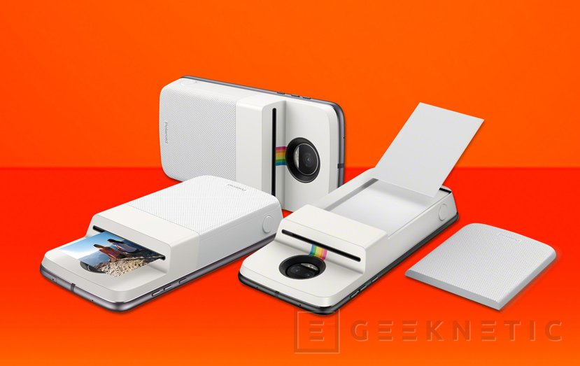 ¿Una carcasa de móvil con impresora de fotos? Así es lo nuevo de Polaroid y Motorola, Imagen 1