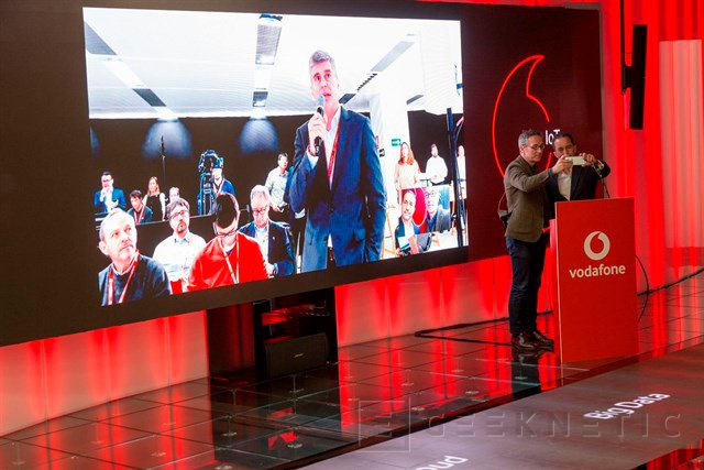 Primera videollamada 5G Huawei Vodafone
