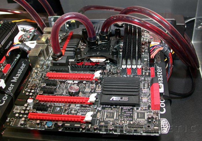 Computex 2012. ASUS. Placa base Maximus V Formula, Imagen 2