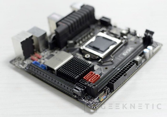 EVGA muestra su nueva Z77 Mini-ITX, Imagen 2