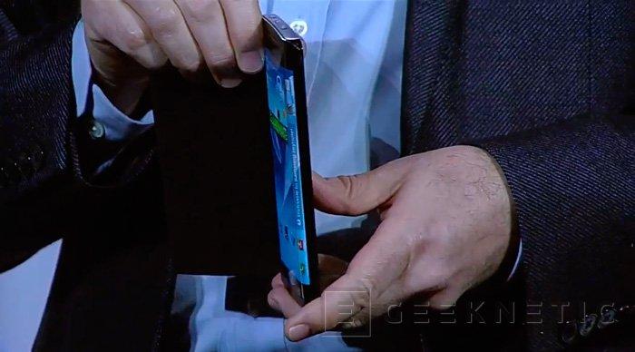 CES 2013. Samsung Youm, llegan las partallas flexibles a los móviles, Imagen 2
