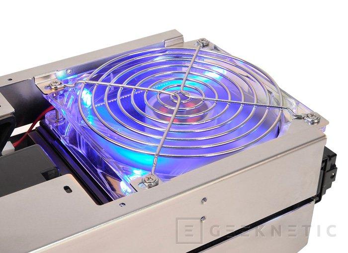 Thermaltake Bigwater 760 Pro, refrigeración líquida integrada, Imagen 2