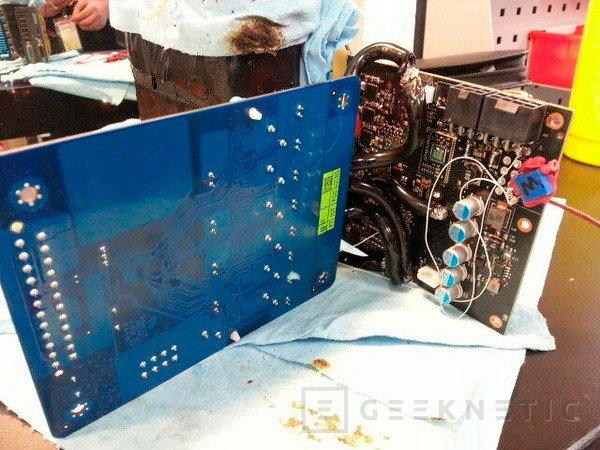 Gigabyte muestra el prototipo del módulo G-Power para overclockear la GeForce GTX Titan, Imagen 2
