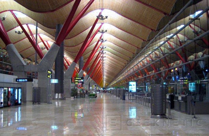 AENA ofrecerá conexión WiFi gratuita en los aeropuertos españoles, Imagen 1