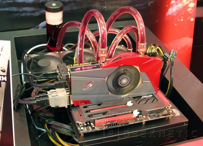 Computex 2013. ASUS. GTX 770 ROG Poseidon, gráficas con refrigeración híbrida con aire y líquido, Imagen 2