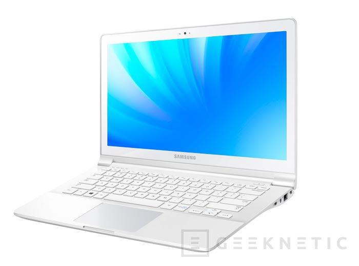 Samsung ATIV Book 9 Plus, un Ultrabook de 13.3 pulgadas con resolución de 3.200 x 1.800 píxeles, Imagen 2