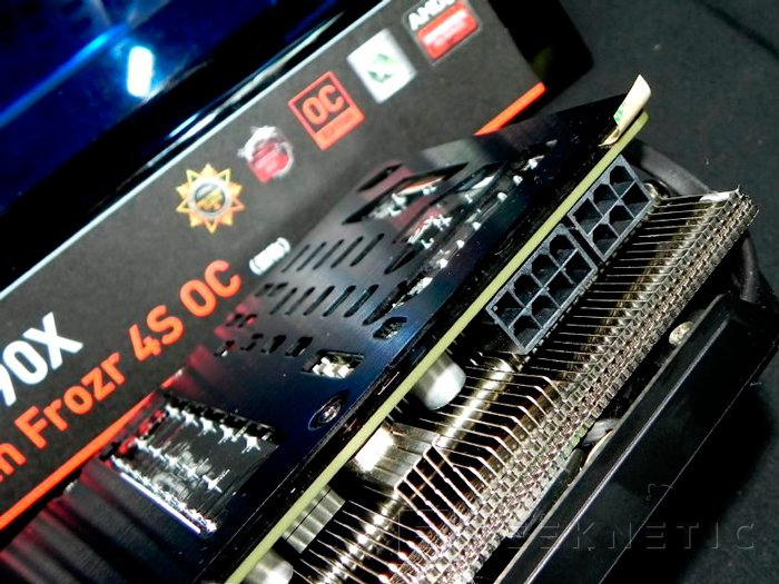MSI Radeon R9 290X GAMING Twin Frozr 4S OC, Imagen 3