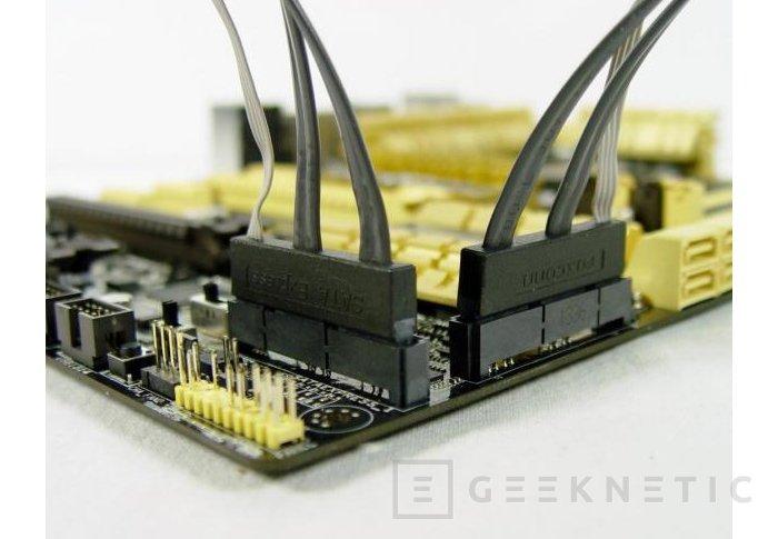 Asus introduce su primer prototipo con SATA-Express, Imagen 2