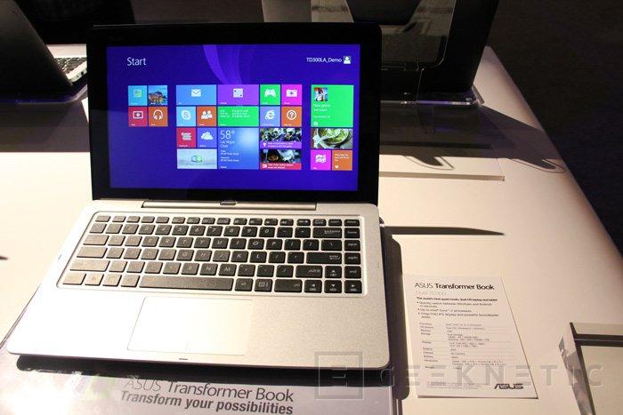 ASUS Transformer Book Duet TD300, tablet convertible con Windows y Android, Imagen 1