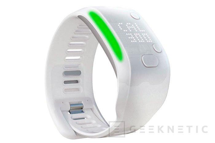 Adidas presenta oficialmente su pulsera MiCoach Fit Smart, Imagen 1