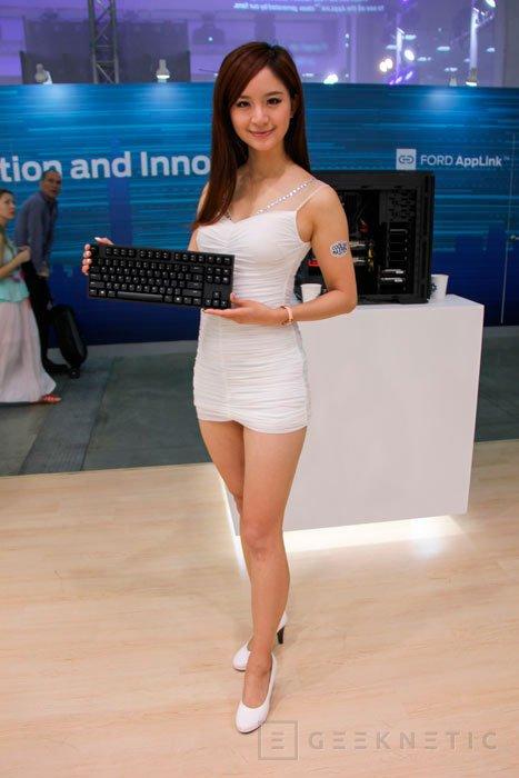 CM Storm lanza su teclado híbrido NovaTouch TKL, Imagen 2