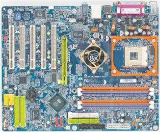 Pentium 4 HT sobre una Giga-byte GA-8S655TX Ultra con chipset SiS, Imagen 1