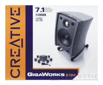 Siete satélites y un subwoofer en el GigaWorks S750 de Creative, Imagen 2