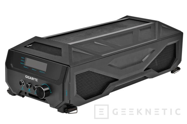 Gigabyte presenta un sistema cerrado de tres GTX 980 en SLI con refrigeración líquida, Imagen 3