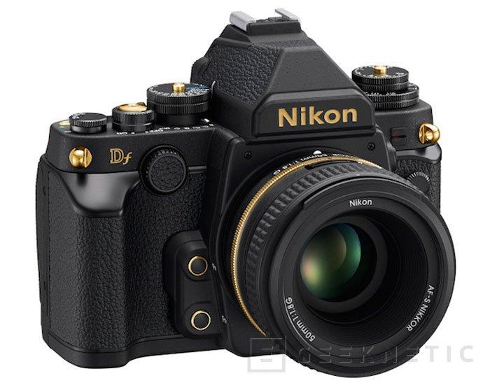 Nikon anuncia una edición limitada de su cámara Black DF con partes en oro, Imagen 1