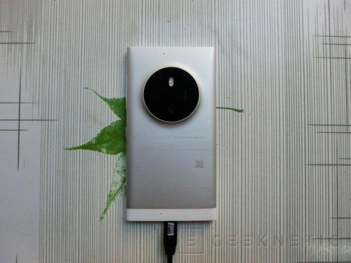 Aparecen imágenes del posible sucesor del Lumia 1020, Imagen 1