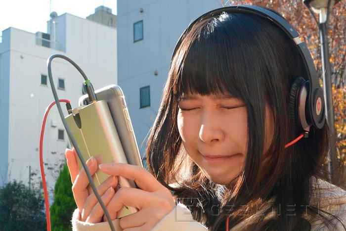 WoodStock NX, un amplificador de auriculares portátil para smartphones, Imagen 2