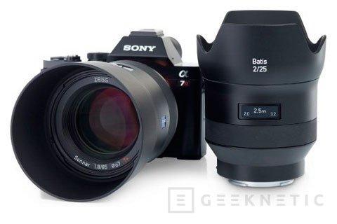 ZEISS añade una pantalla OLED a sus nuevos objetivos para las Sony A7, Imagen 2