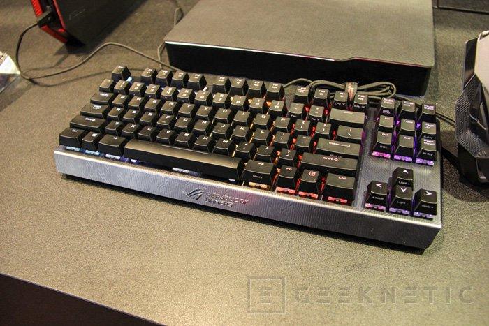 Nuevo teclado mecánico ASUS ROG Claymore , Imagen 1