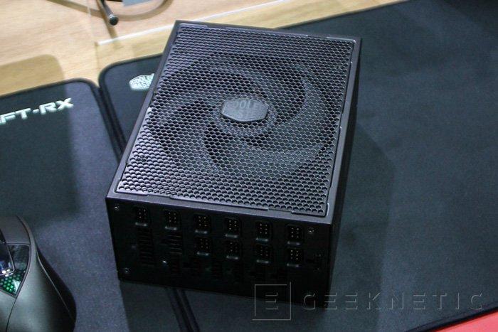 Cooler Master MasterPower Maker, hasta 1.500 W de potencia 80 Plus Titanium, Imagen 2