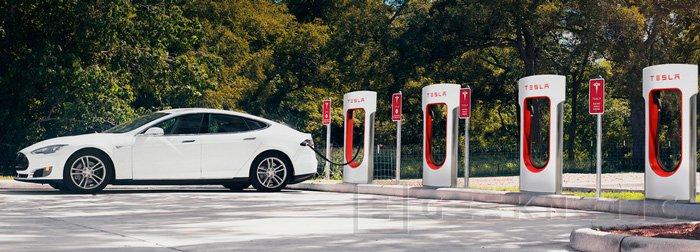 Llega a España la primera estación de carga Supercharger de Tesla, Imagen 1