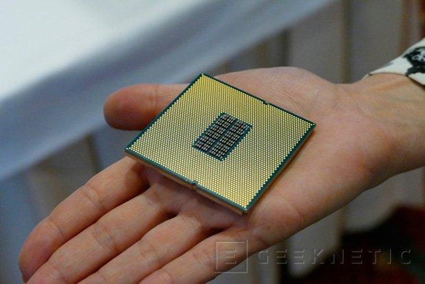 Qualcomm desvela su primera CPU para socket LGA, Imagen 1