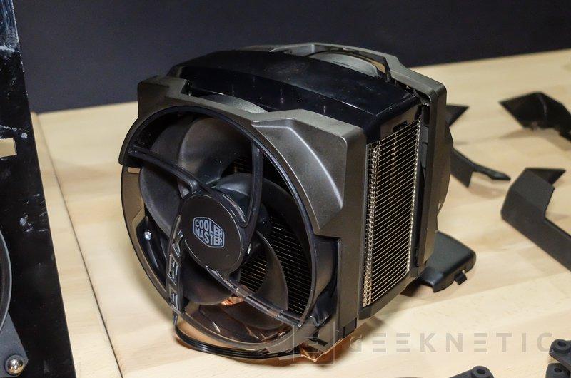 Nuevo disipador de gama alta Cooler Master MasterAir Maker 8 con cámara de vapor 3D, Imagen 1